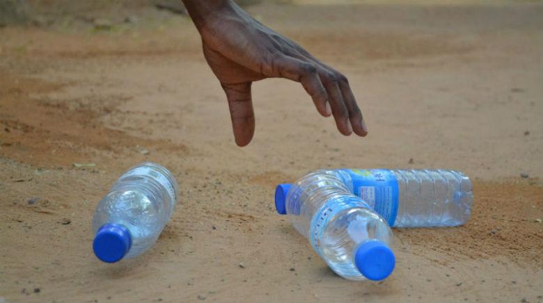 Plastic-litter-beach
